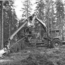 ÖSA 705260 skördare 1980